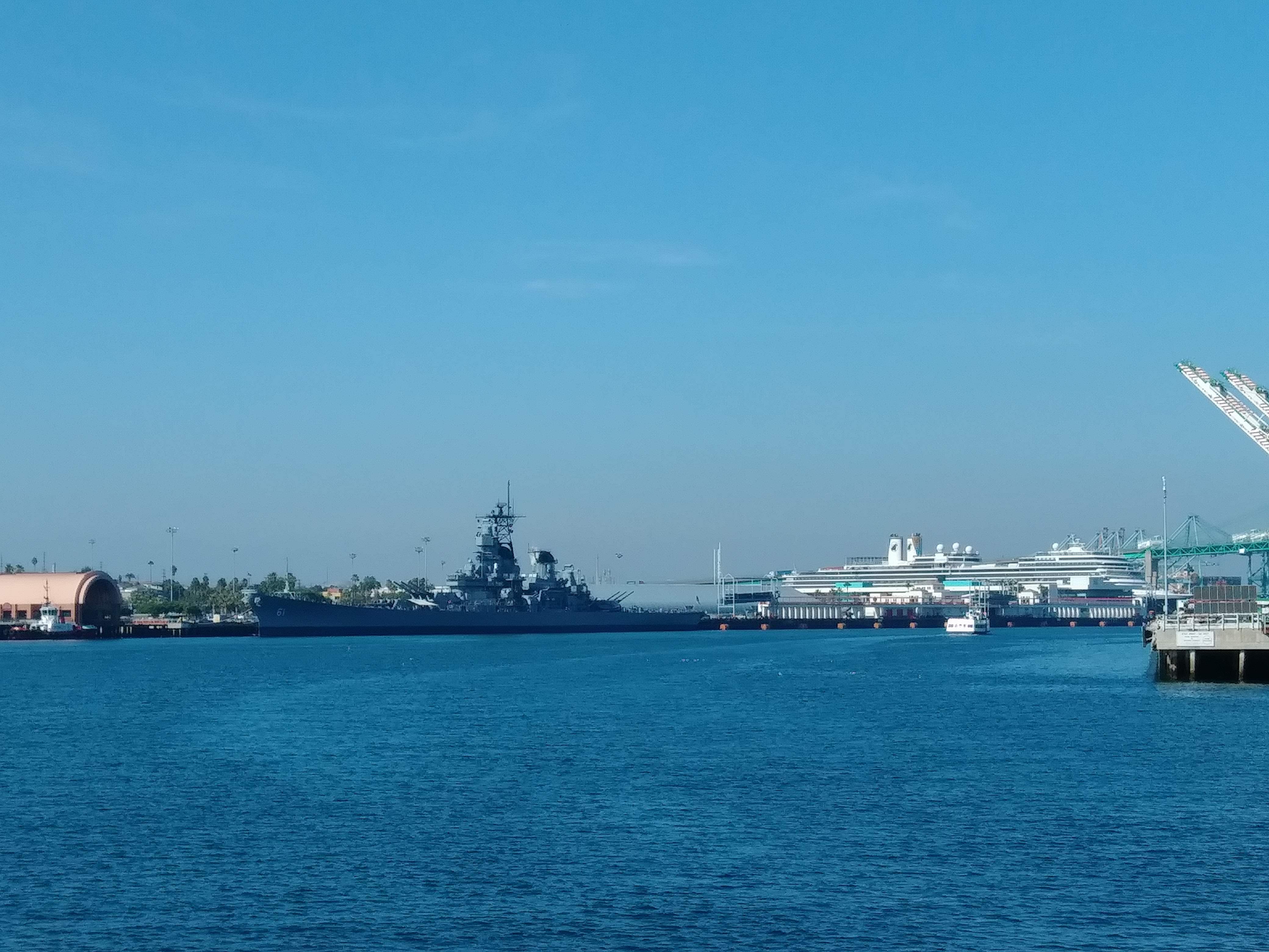 """第二次世界大戦で実際に使われた軍艦""""IOWA"""""""